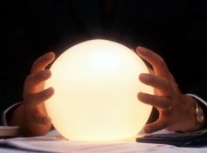 bola de cristal 300x221 Tendências do GIS para 2012 e além