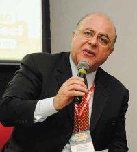 Deputado Federal Arnaldo Jardim no evento MundoGEO#Connect 2012