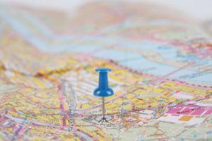 road maps magnifying glass geography 3312380 Paraná define novos municípios para atualização cartográfica