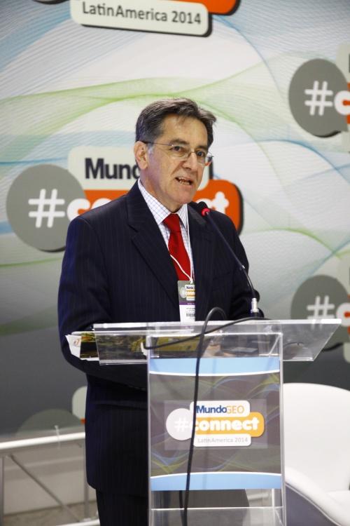 Connect 5 Recorde de participantes em dois dias do MundoGEO#Connect 2014