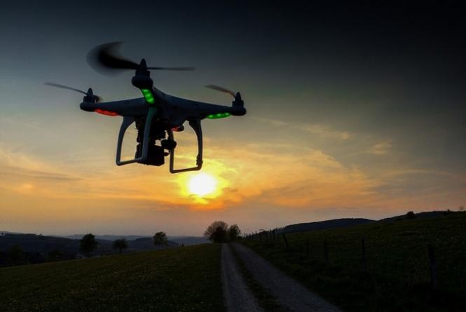 Google testa drones para entregar compras feitas pela Internet