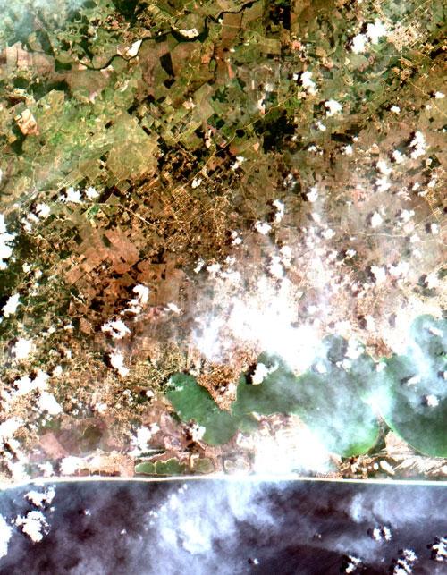 Inpe apresenta primeiras imagens do satélite Cbers-4