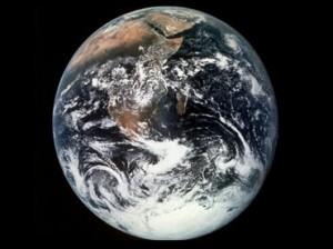 Tierra 300x224 El año de 2015 durará un segundo más