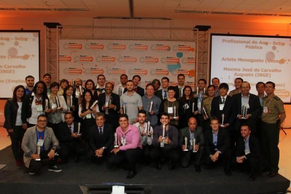 Premio 2015 todos1 600x400 Fueron revelados los vencedores del Premio MundoGEO#Connect 2015