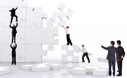 contratação Empresa contrata Analista de Implantação de Sistemas