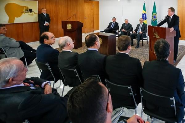 9132a293 e5b0 4f7a bc68 a1a476e3c39f 600x399 Paulo Rabello Castro toma posse no cargo de presidente do IBGE