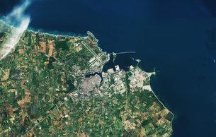 Brindisi Italy medium Satélite recém lançado Sentinel 2B entrega suas primeiras imagens. Confira!