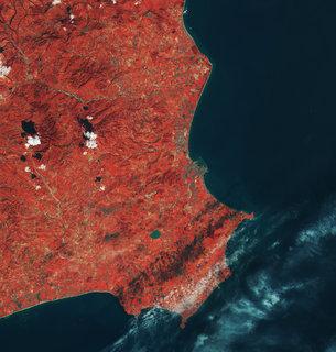 Crotone Italy medium Satélite recém lançado Sentinel 2B entrega suas primeiras imagens. Confira!