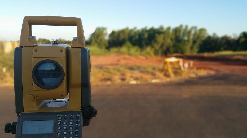 topography 813844 960 720 Estão abertas as inscrições para curso técnico de Agrimensura do IFSC
