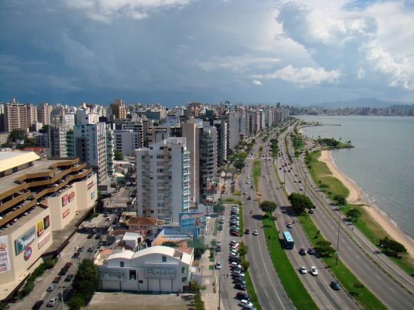 Avenida Beira Mar Norte Florianopolis 600x450 Geotecnologias e Planejamento Urbano: por dentro do Plano Diretor de Florianópolis