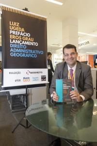 file 6080x4028 000587 200x300 Livro Direito Administrativo Geográfico será lançado em Brasília