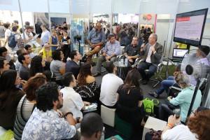 16.06 Américo Bernardes fala durante palestra na Campus Party Brasília 300x200 Ministério da Ciência em busca de cidades mais inteligentes e humanas