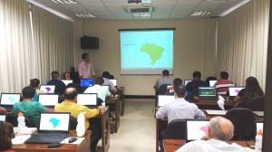 CRA sedia curso de software livre promovido pelo IBGE 300x168 Centro Regional da Amazônia sedia curso de PostGIS e QGIS promovido pelo IBGE