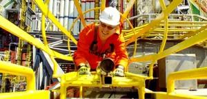 health and safety 300x144 ERM consultoria ambiental procura Analista Gráfico com experiência em GIS e CAD