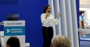 Foto: Ale Frata Abav | A gerente de Comércio e Serviços do Sebrae, Ana Clévia Guerreiro, fala sobre smart cities durante o evento.A gerente de Comércio e Serviços do Sebrae, Ana Clévia Guerreiro, fala sobre smart cities durante o evento.