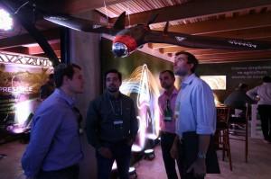 Drones e veículos aéreos não tripulados foram as atrações da feira. Cred. Rodrigo Covolan. 300x199 Evento Digital Agro discute a Internet das Coisas. Confira!